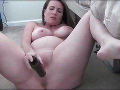 Milf fingers insertion (short clip)