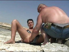 Amateur wife fist fucked at the beach