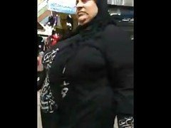 arab bbw milf big ass walking in street