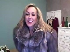 Brandi Love In Fur Toys On Cam (X-Cams.Org)